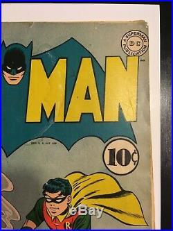 Batman 15 DC Golden Age 1943 Catwoman New Costume Detective WW II Incomplete