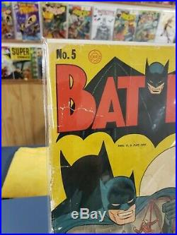 Batman #5 Golden Age. Beautiful Raw Copy. 79 Years Old